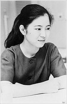 Сугиура Хинако